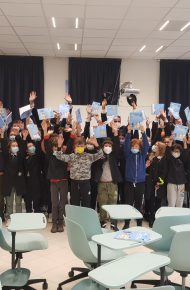 Le classi V e IV della Manzoni hanno incontrato la polizia postale di Varese